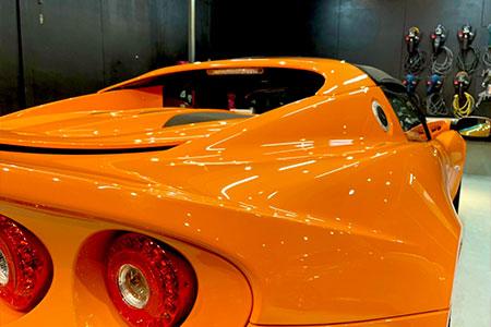 高純度ガラス被膜の圧倒的な強ツヤ